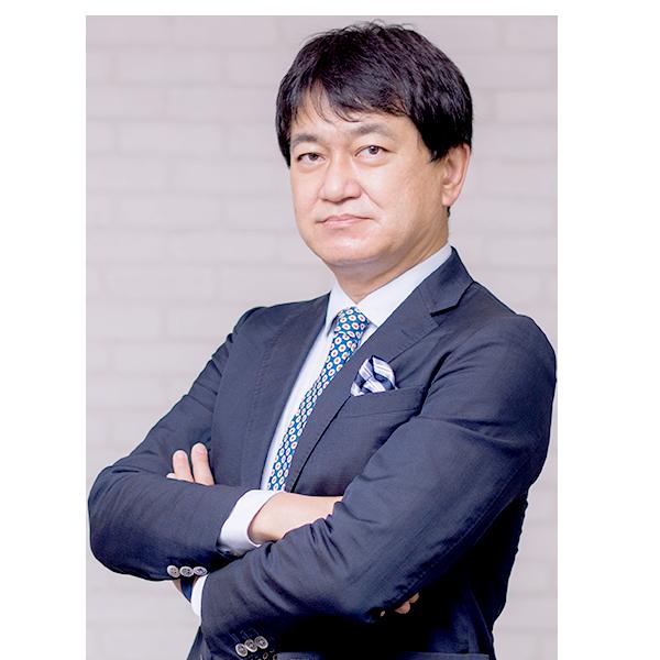 代表取締役社長 兼 チーフコンサルタント 角井 亮一